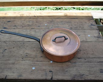 Copper cooking pan with steel handle