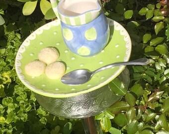 various tea cup bird feeders