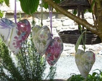 Hanging heart, Hanging padded heart, with Provence dried lavender, Voyage decoration Hedgerow linen fabric & nutscene twine