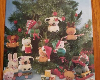 Vintage Craft Pattern Uncut - reindeer, puppy, kitty, bear, bunny, mouse, pig and lamb Christmas tree ornaments Butterick 5598