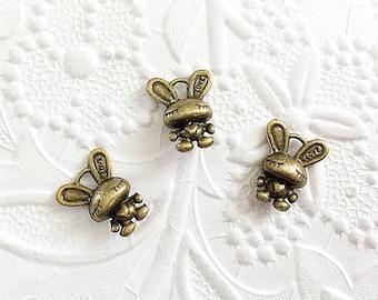 10 Rabbit Charms, Bronze Rabbit Charms, Bunny Charms, BPC013