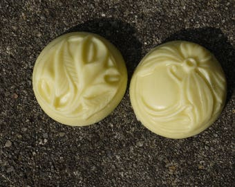 Round Floral Lotion Bar 1.5 ounces
