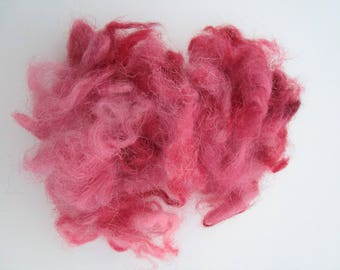 Pink Hand Dyed Manx Loaghtan Lambwool - 10 g/0.35 oz - Wool Spinning Fibre - Art Yarn - Lock Spinning - Doll Hair - Waldorf Doll - Weaving