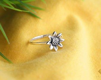 Sunflower ring sterling silver 92.5%