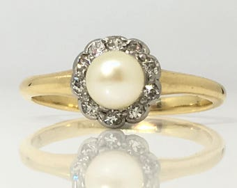 Vintage Cultured White Pearl & Single Cut Halo of Diamonds in 18ct Yellow Gold Ring Size L (USA 5 3/4)
