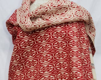 Red and White Cotton Throw Blanket / Shawl or Wall Hanging / Hand spun cotton / Natural dyes / Hand-woven/