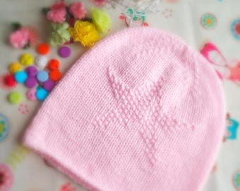 Baby cap. Cap for a girl. Eco-friendly cap. Natural material. to order. Gift to the baby. Pink beanie cap with a heart.
