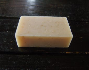 Shea Honey Oat Organic Soap IMPROVES SCARS fades stretch marks, great acne buster