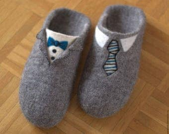 Felted slippers Mens slippers Woolen slip ons Men home shoes Men house shoes Felted clogs Handmade slippers Traditional felt Gray slippers
