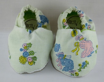 """4"""" Soft-Soled Baby Shoes - Girls and Flowers - Adjustable Ankles - Non-Slip Soles"""