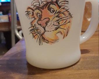 Fire King vintage esso Tiger