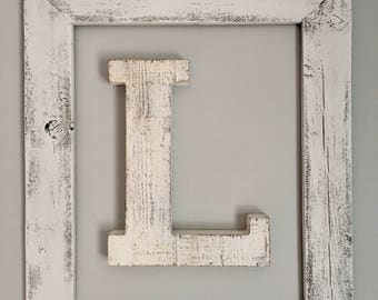 Rustic wall frame (letter not included)