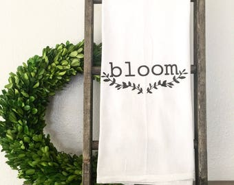 Bloom Tea Towel Flour Sack Towel Hand Towel Spring Flowers Farmhouse Kitchen Cottage Shabby Chic