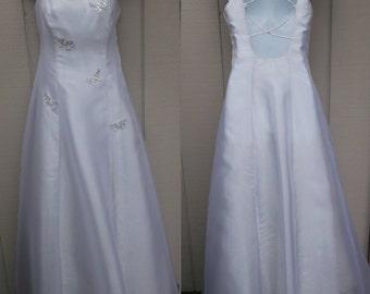 80s Vintage Ball Gown Wedding Dress w/ sequin Butterflies / Butterfly princess prom dress / full length / bridal fairy tale // sz med