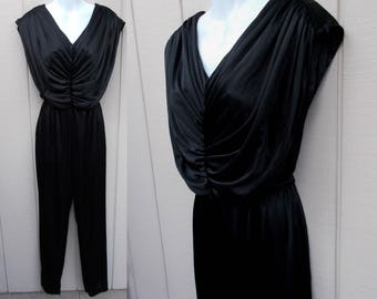 Vintage 70s to 80s Black Stretch Knit Jersey Jumpsuit / Size Med