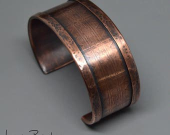 Large Size Substantial Layered Copper Cuff with Subtle Designs