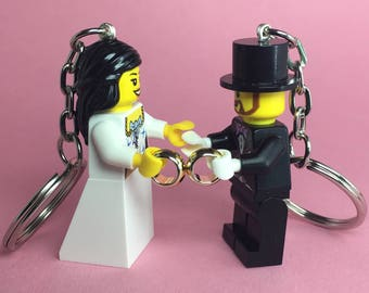 Lego Keychain (Wedding Bride and Groom with Rings)