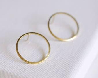 SALE . large circle stud earrings . hoop stud earrings . open circle earrings . circle jewelry . simple circle earrings // 2RNDL