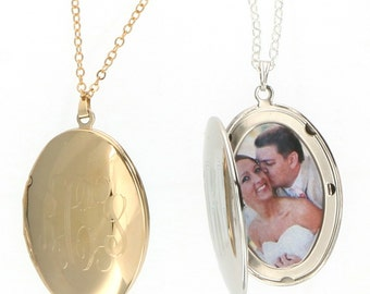 Monogrammed Oval Gold or Silver Locket Necklace |  Engraved Gold Locket Necklace | Monogram Silver Locket | Engraved Bridal Necklace