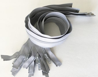 "23"" plastic gray zipper with - set of 2"