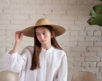 straw hat / wide brimmed hat / beach hat / 1028a