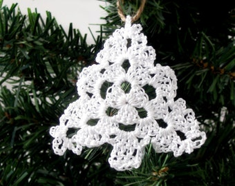 Cottage Chic White Lace Christmas Tree Ornament, Gift Topper, Crochet Christmas Tree, Holiday Home Decor, Rustic Chic Ornaments, Set of 3