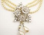 Hobe Pearl Rhinestone Necklace