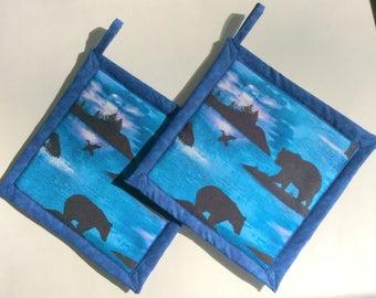 Bear Blue Potholders, Bear Pot Holders, Bear Theme Kitchen, Bear Kitchen Decor, Bear Hot Pads, Bear Hot Mats
