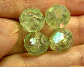 VINTAGE LUCITE Faceted Beads Mint Green 8-1/2mm pkg 4 res90
