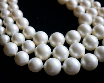 Vintage Castlecliff 3 Strand Faux Pearl Necklace, Ladies Costume Jewelry, Brides Pearls