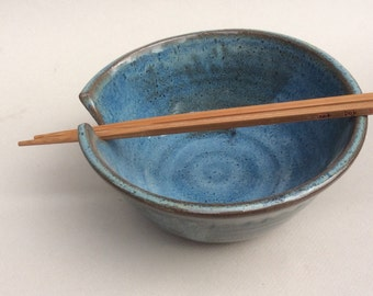 NOODLE bowl ,green glaze with a set of chopsticks and not just for Asian food. B115
