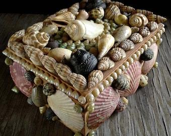 British Seashell Treasure Box, Made in England Seashore Souvenir Trinket Box, Stash Jewelry
