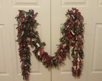 Folk Art Primitive Red Green Homespun Muslin Swag Rag Garland 104 inches