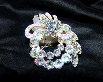 Vintage Sparkling Eisenberg Ice Rhinestone Brooch Bridal