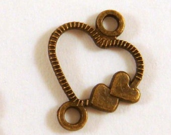 25 Antique Bronze Heart Link Connector LF 13x11mm - 25 pc - F4104LK-AB25-M