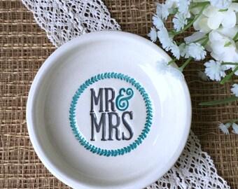Ceramic Mr & Mrs Wedding Ring Dish  with Leaf Wreath in Dark Gray and Caribbean Blue - Wedding Gift Dish