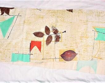 Vintage Barkcloth Fabric 9 by 43 inches Craft Remnant Cream Beige Leaf Print