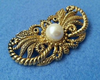 Large Vintage Antiqued Goldtone Brooch Pin with Faux Pearl, unsigned jumbo brooch