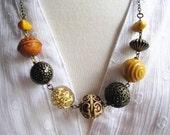 Big Bold Necklace, Vintage Lucite Beads, Bold Statement Necklace, Boho Beaded Necklace, Retro Beaded Necklace