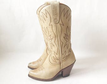 Vintage 70's Stacked Heel Boho Cowboy Boots. Size  7 Women's