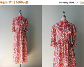 STOREWIDE SALE 1940s Cotton Maxi Dress / Vintage 40s Shirtwaist Dress / 1930s Floral Cotton Dress