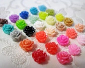 Minuscule foré Rose fleur de perles en résine avec trou de choisir vos couleurs 6mm neuf couleurs 928