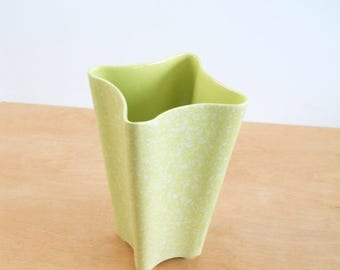 Vintage Splatter Paint Pottery Chartreuse Vase • Mid Century Spring Green USA Vase