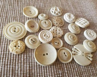 Vintage Buttons - Cottage chic mix of off white lot of 21 old and sweet(  mar 37 17)