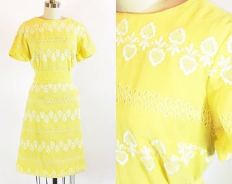 Vintage 60s Dress | Yellow Floral Eyelet Dress | Henry Lee | Medium - Large