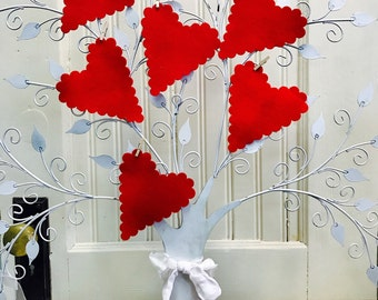 Scalloped Hearts, Felt Valentines, Large Wool Hearts, Merino Wool Felt, Die Cut Shapes, Pre Cut Hearts, Valentine's Day, Applique, Crafts