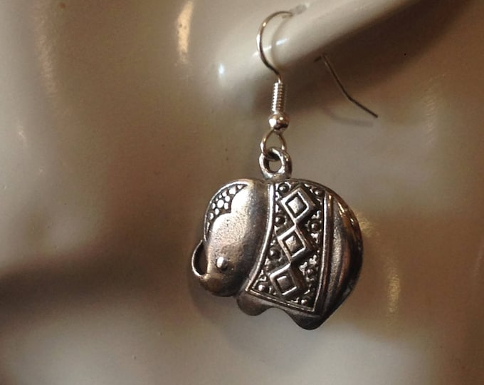 Cute Elephant earrings made with Australian Pewter and Surgical Steel hook