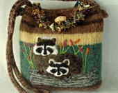Felted Purse, Felted Handbag, Raccoon Art, Needle Felt Raccoon, Hand Knit Purse