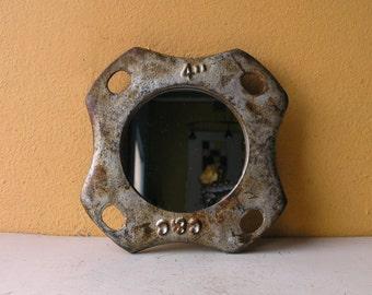 Round Industrial Metal Mirror Steampunk Mirror Entryway Foyer Hallway Wall Unique Mens Gift Boyfriend Interior Decor Office Restaurant Decor