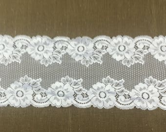White  Polyester Scalloped Lace Trim